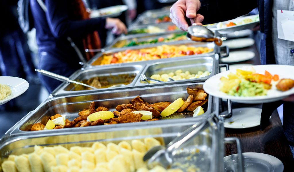 helpful tips for buffet style catering rackz bbq rh rackzbbqindy com buffet style catering edmonton buffet style catering edmonton